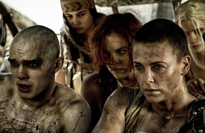 รีวิว,หนัง,ภาพยนตร์,พันทิป, mad max. fury road, movie,entertainment,hollywood,pantip,charlize Theron, Tom Hardy, บล็อกเกอร์,บล็อกเกอร์ผู้ชาย,บล็อกเกอร์ภาพยนตร์