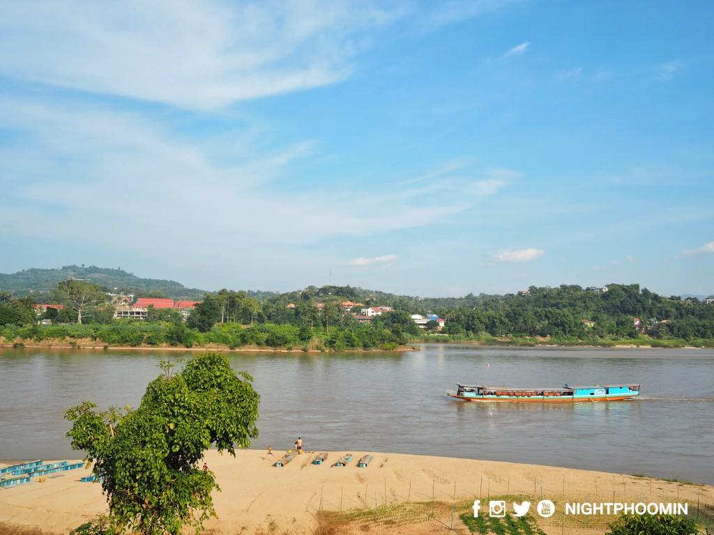 slow-boat-chiang-khong-luang-prabang-10