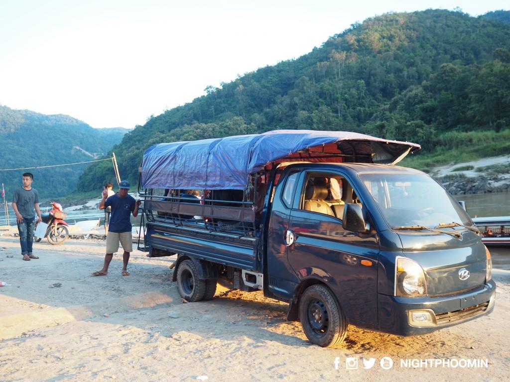 slow-boat-chiang-khong-luang-prabang-28