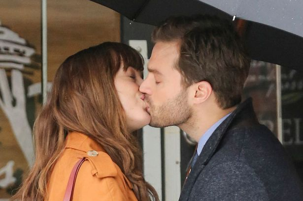 MAIN-Jamie-Dornan-and-Dakota-Johnson-are-back-in-Vancouver-to-begin-production-on-Fifty-Shades-Darker